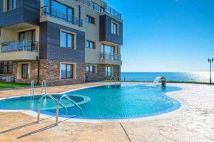 abord piscine beton imprime