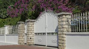 Portail métallique d'une maison